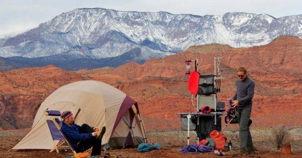 Campingkeuken Met Wasbak : bereiden op de camping? Dat kan met een handige campingkeuken