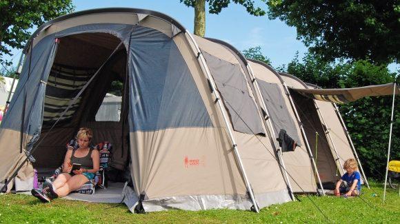 Coleman Lakeside Deluxe Tent Test Camping Kamperen