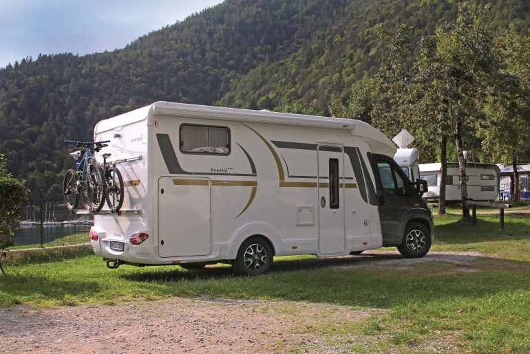 Eura Mobil Profila T 695 EB Mondial