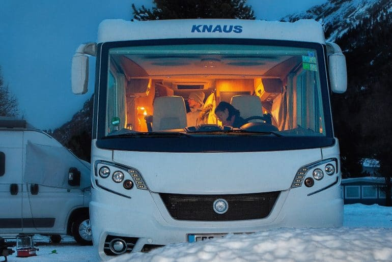 Winterkamperen camper