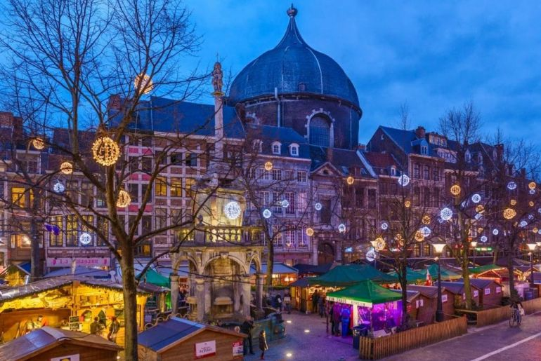Kerstmarkt_242918_Liege-VillageDeNoel-MarcheDeNoel_(c)WBT-J P Remy