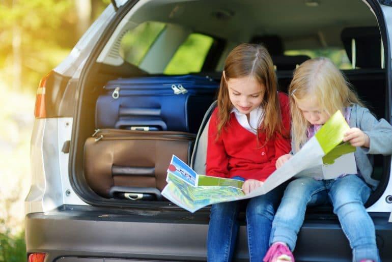 Bereid je goed voor op de reis. Bekijk de route en de verkeersregels per land.