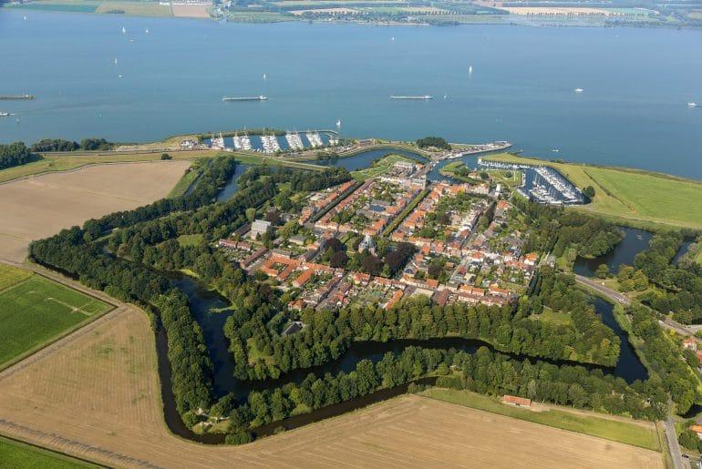 Noord-Brabant_Willemstad_luchtfoto
