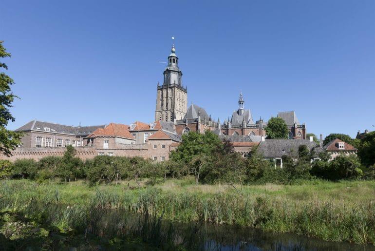 De Walburgiskerk in Zutphen