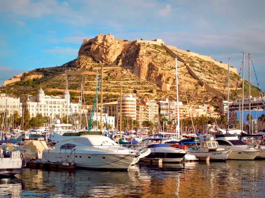 Castillo-de-Santa-Barbara_Alicante_foto-Victoriano-Javier-Tornel-Garcia
