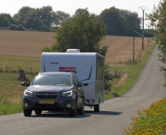 Actievelingen onderweg naar de volgende camping
