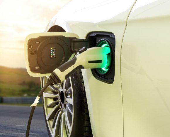 Brandstof van de toekomst elektrisch waterstof bio
