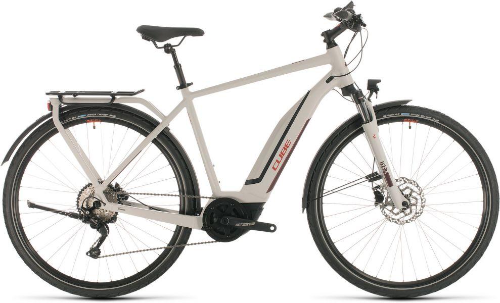 E-bike Cube Touring HybridE-bike Cube Touring Hybrid