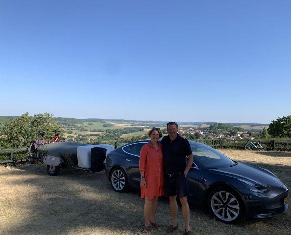Tesla + Holtkamper Langres