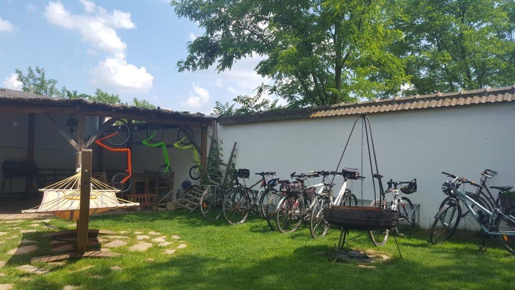 Zuid-Moravië_cycloparking