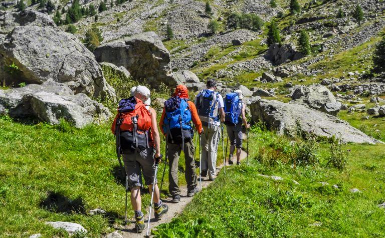 Lac d'Allos is een prachtig bergmeer op 2.200 meter (!) hoogte van waar je uitkijkt op de Mont Pelat (3.050 meter)